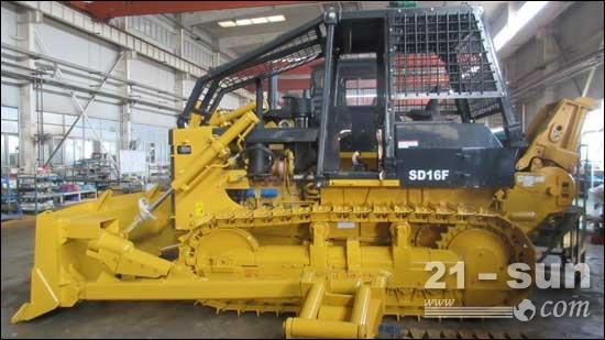 山推首台SD16F配高位导向器绞车特配机顺利下线