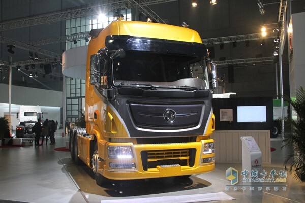 One of the most efficient logistics transport representative models Dongfeng Tianlong flagship