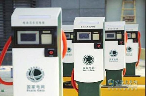 Beijing to Build 435,000 Charging Posts in 5 Years
