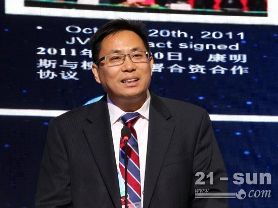 柳工供应商——康明斯中国区发动机市场营销总经理黄海涛讲话