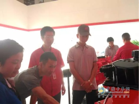Users visit Dongfeng Cummins Engine