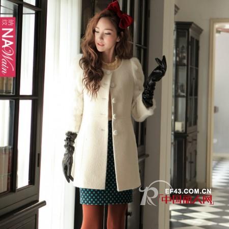 纳纹女装冬款 大气廓形衣晒出百变Style