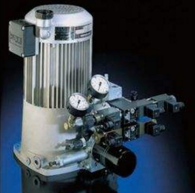 How to avoid the enlargement of vibration and noise of CNC machine tool hydraulic system