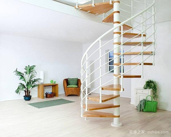 装修旋转楼梯