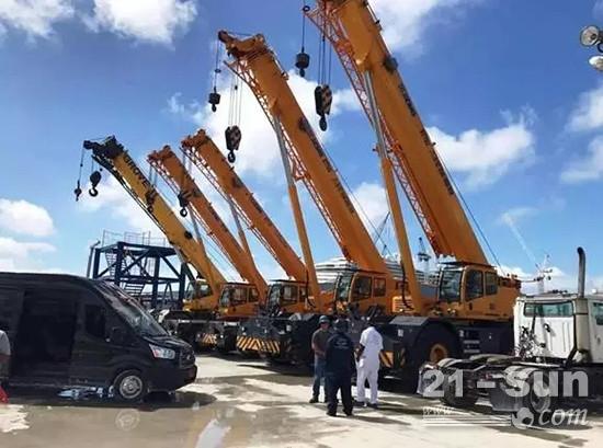 徐工越野轮胎起重机助力世界最大的船舶维修港