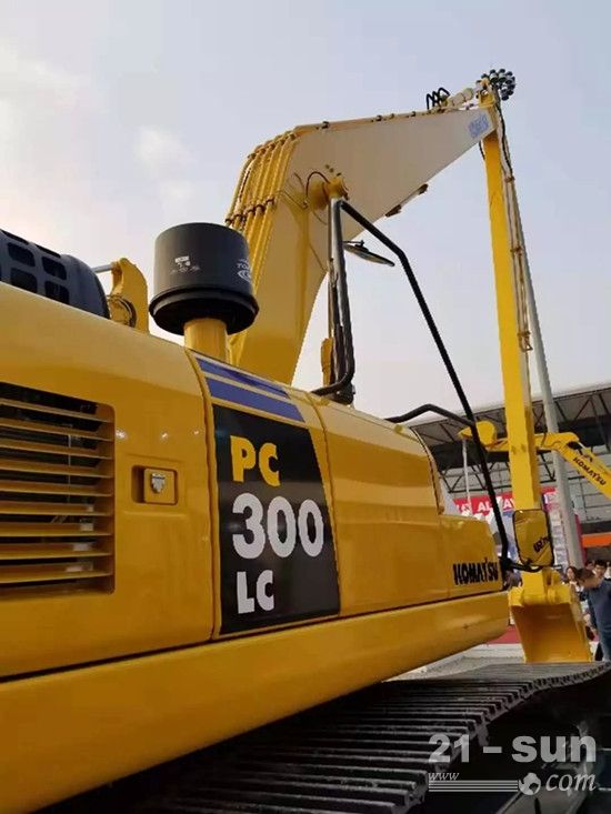 小松PC300LC-8M0超长臂