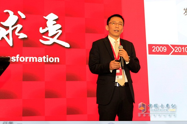 Liu Zhili, Deputy General Manager and Director of Technology Center of Dongfeng Cummins Engine Co., Ltd.