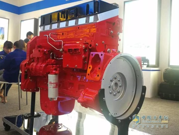 ISM 11-litre fully electronically controlled heavy duty diesel engine