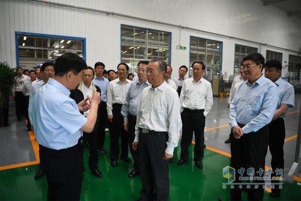 On-site observation of the Bohai Piston Six high-efficiency piston intelligent manufacturing project