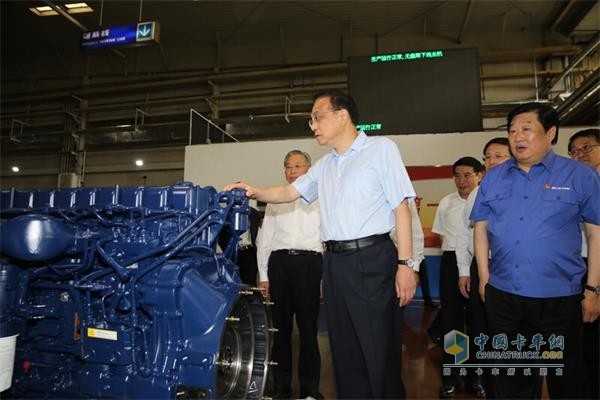 Li Keqiang, member of the Standing Committee of the Political Bureau of the CPC Central Committee and Premier of the State Council, visited Weichai