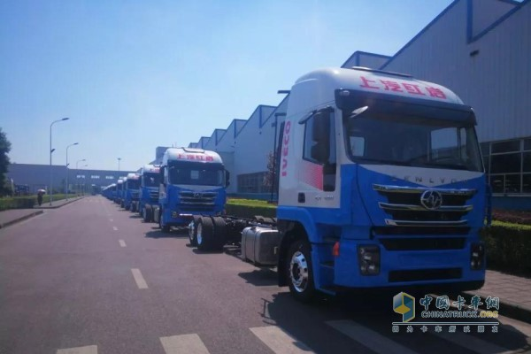 With the 120 sets of mid-axle trucks equipped with Faster retarders in SAIC Hongyan assembly shop