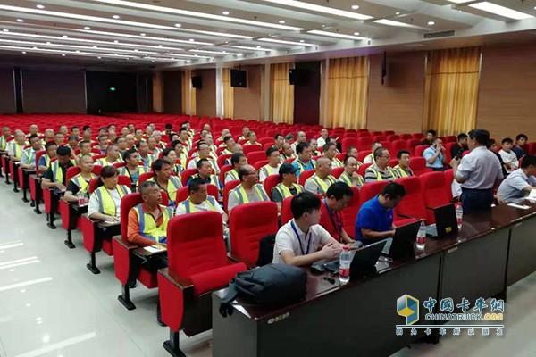 Dongfeng Cummins professionals train users