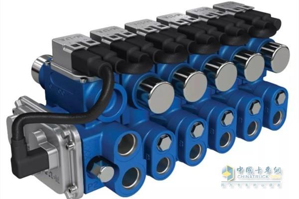 Eaton CMA electronic load sensing multi-way valve