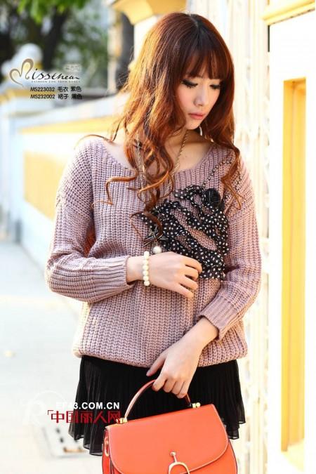 蜜西娅春季新品毛衣 教您时尚混搭,轻松御寒