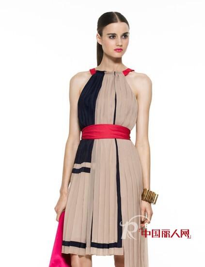 BCBG Max Azria2011春夏女装 裙子伴飘逸层叠