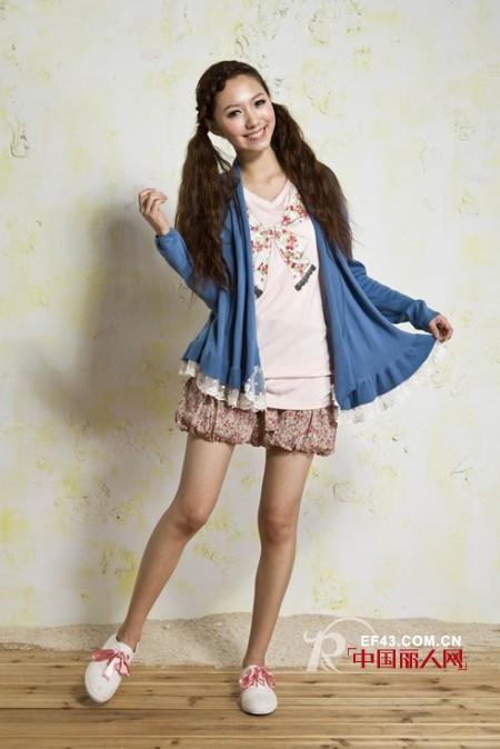 PINK少女服饰  透露出甜美纯净的气息