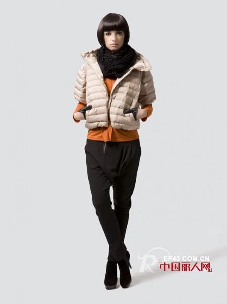 a.y.k女装  简单时尚突出甜美的青春气息
