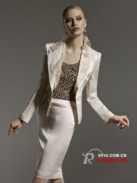 Sofeya品牌女装 知性优雅缔造时尚女人味