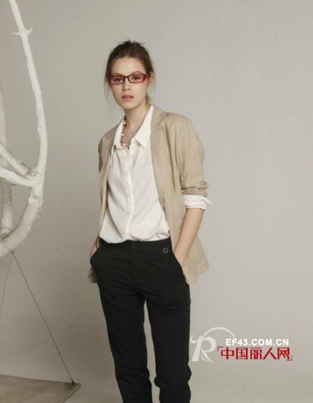 MOING莫名女装  用设计师的眼光提升你的穿衣品位