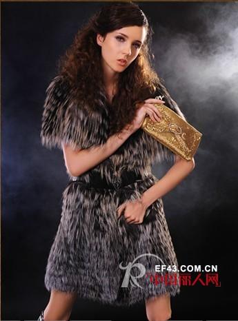 希菲尔品牌女装 奢华皮草带给你致命吸引力