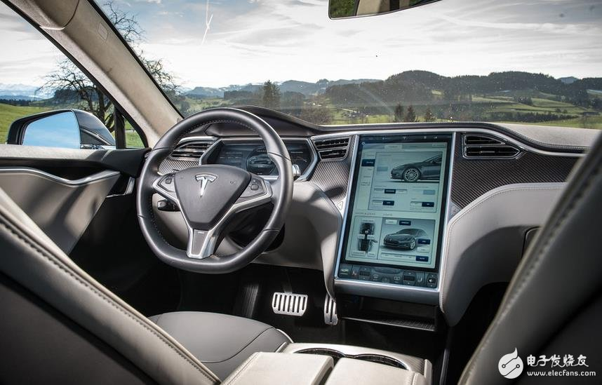 Tesla Accident: Autopilot technology is the top priority of artificial intelligence research