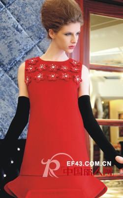 佳莉丝品牌女装 突出柔美的女性线条
