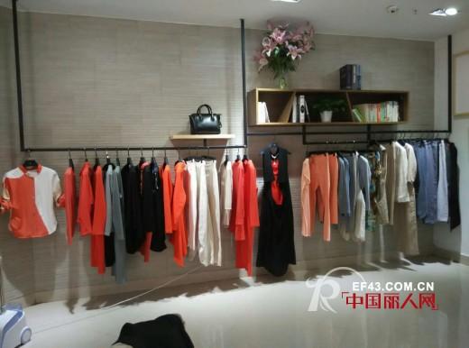 乔品女装重庆涪陵区新世纪百货店3.25开业并全面升级