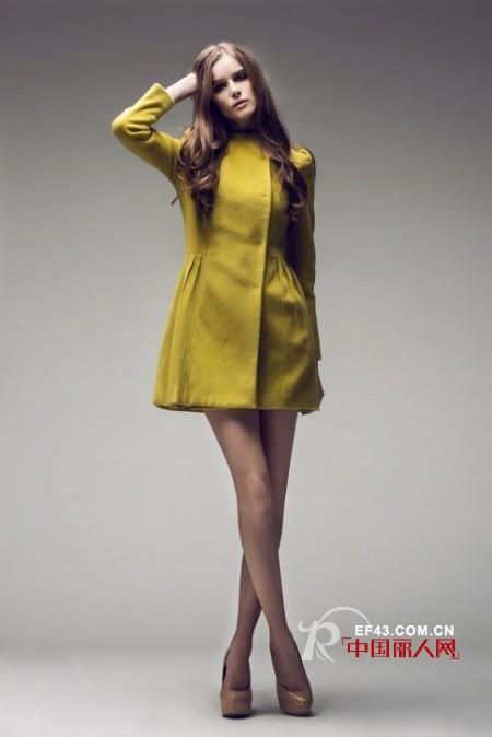 秋冬季节选什么颜色的毛呢大衣最好看