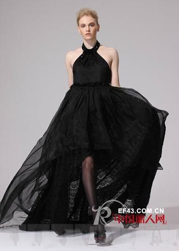 VOINGE黑色宴会长裙 打造全场瞩目的焦点