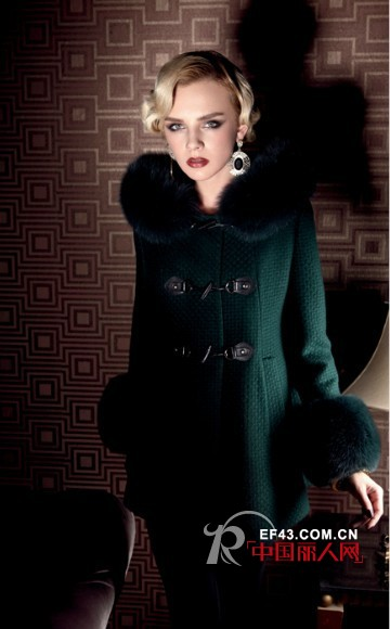 """LAI睐""2012冬装新品  尽显现代女性对优质生活的向往和追求"