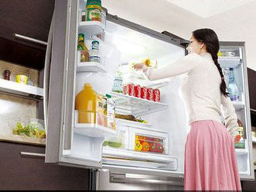 How to prevent girlfriends from stealing snacks in the refrigerator?