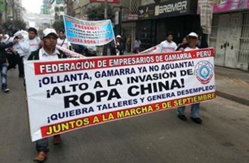 Peruvian Parade boycotts imported Chinese clothing