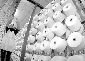 In the first quarter, China's textile foreign trade grew steadi