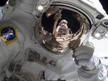 NASA Announces Newly Designed Space Suit