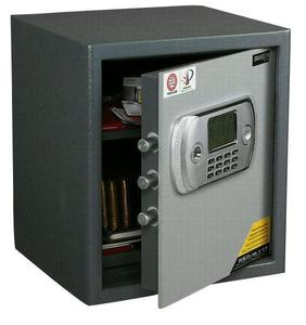 Safes gradually become household necessities
