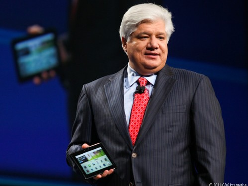 RIM postpones the release of next-generation mobile phones CEO takes only 1 US dollar annual salary