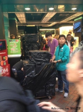 Cattle take shortcuts: Crazy swallow new iPad in the hands of Hong Kong dealers