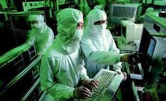 TSMC pioneered 10nm target