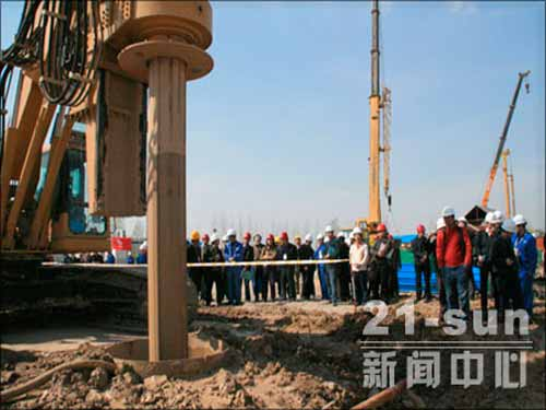China's high-speed rail construction is in full swing