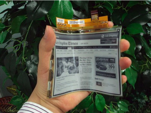 LG Launches World's First Plastic Electronic Paper Display