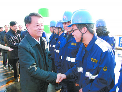 Yang Chuantang visited Qinhuangdao port to investigate the transportation guarantee of coal and other materials