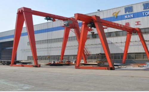 Introduction to the structure composition and use specifications of gantry cranes and gantry cranes