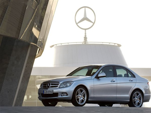 Young Dynamic Genes Mercedes-Benz C-Class Historical Review