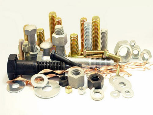70% of fastener companies benefit from lower steel prices