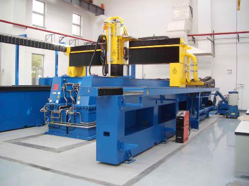 Manufacturing equipment development focuses on high-end CNC machine tools