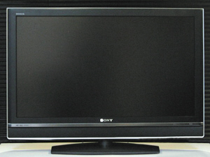 Large-size color TV sales continue to grow