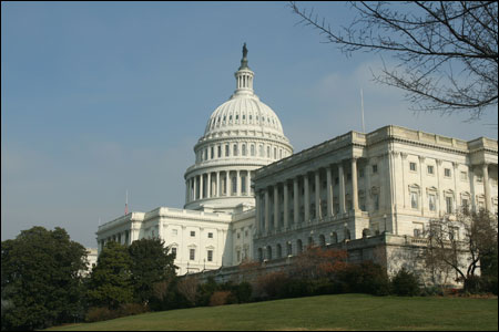 U.S. Textile Organization Calls for Congress to Pass Currency Act
