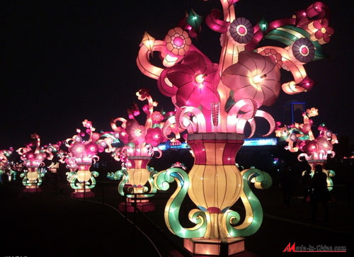 Although the Lantern Festival has passed, the Lantern Festival still exists.