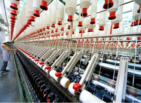 The textile and apparel industry slows down or becomes a foregone conclusion throughout the year
