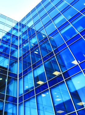 How to manage urban glass curtain walls?